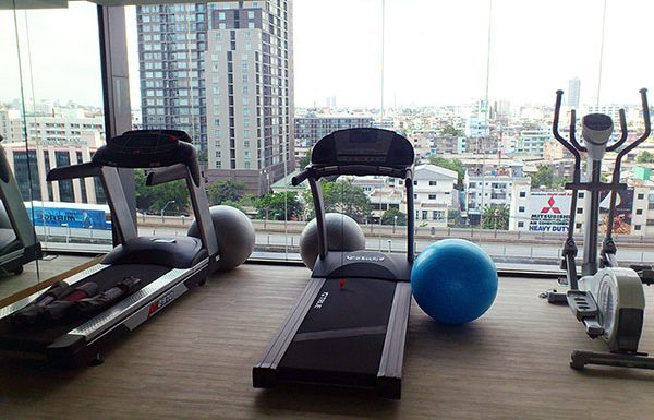 Fuse-Sathorn-Taksin-Bangkok-condo-for-sale-fitness